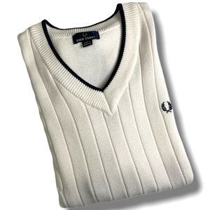 FRED PERRY 100% COTTON VEST MADE IN HONG KONG SZ L